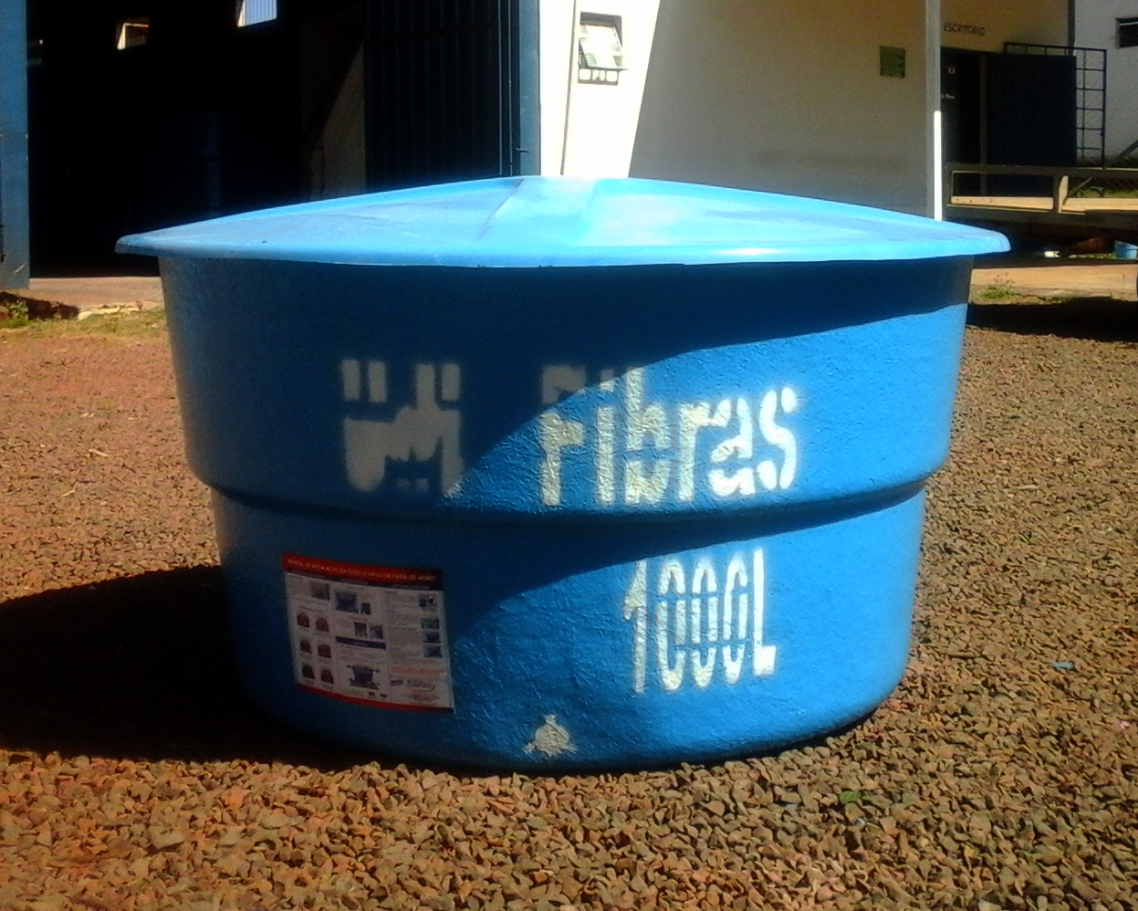 Caixa d'água 1.000 litros