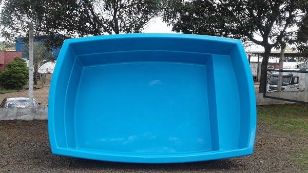 Caixa d 39 gua e piscina udi fibras for Piscina infantil 2 mil litros